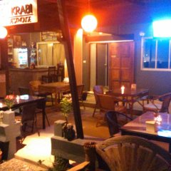 Отель Rooms@krabi Guesthouse Таиланд, Краби - отзывы, цены и фото номеров - забронировать отель Rooms@krabi Guesthouse онлайн гостиничный бар