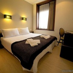 Floris Hotel Ustel Midi сейф в номере