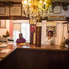 Отель Gloriana Hotel Ямайка, Монтего-Бей - отзывы, цены и фото номеров - забронировать отель Gloriana Hotel онлайн интерьер отеля фото 2