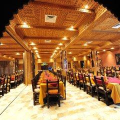 Отель Kasbah Hotel Tombouctou Марокко, Мерзуга - отзывы, цены и фото номеров - забронировать отель Kasbah Hotel Tombouctou онлайн помещение для мероприятий