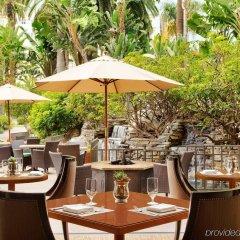 Fairmont Miramar Hotel & Bungalows Санта-Моника питание
