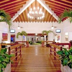 Отель Raintrees Villa Vera Puerto Vallarta интерьер отеля фото 2
