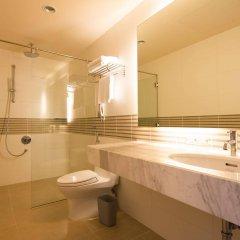 Отель Liberty Central Saigon Centre ванная фото 2