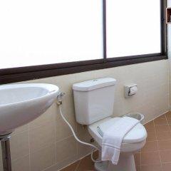 Отель Bel Aire Patong ванная фото 2