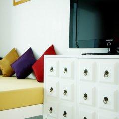 Отель The Old Phuket - Karon Beach Resort 4* Стандартный номер с разными типами кроватей фото 7
