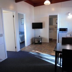 Отель Greymouth KIWI Holiday Parks & Motels комната для гостей фото 4