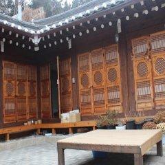 Отель Gahoe Hanok Guest House Южная Корея, Сеул - отзывы, цены и фото номеров - забронировать отель Gahoe Hanok Guest House онлайн помещение для мероприятий