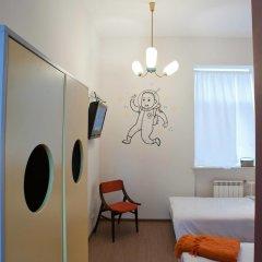 Хостел Graffiti L комната для гостей фото 9