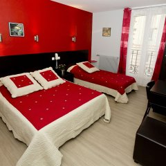 Отель Hipotel Paris Belleville Pyrenees комната для гостей