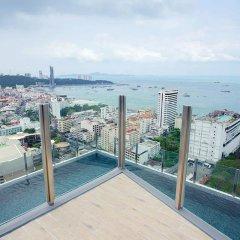 Отель The Base Condo Sea-view Win99 Таиланд, Паттайя - отзывы, цены и фото номеров - забронировать отель The Base Condo Sea-view Win99 онлайн балкон