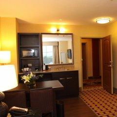 Отель Embassy Suites Columbus-Airport Колумбус удобства в номере