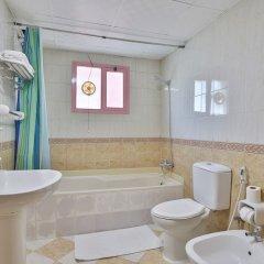 Отель Marhaba Residence ОАЭ, Аджман - отзывы, цены и фото номеров - забронировать отель Marhaba Residence онлайн ванная