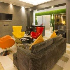 Отель Legacy Express Sukhumvit by Compass Hospitality комната для гостей