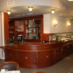 Отель Арте Отель Болгария, София - 1 отзыв об отеле, цены и фото номеров - забронировать отель Арте Отель онлайн гостиничный бар