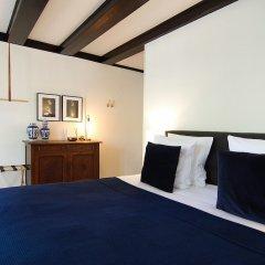 Отель 1637 Historic Canal View Suites Нидерланды, Амстердам - отзывы, цены и фото номеров - забронировать отель 1637 Historic Canal View Suites онлайн комната для гостей