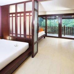 Отель Arinara Bangtao Beach Resort комната для гостей фото 9