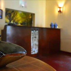 Отель Avon Hikkaduwa Guest House Шри-Ланка, Хиккадува - отзывы, цены и фото номеров - забронировать отель Avon Hikkaduwa Guest House онлайн интерьер отеля