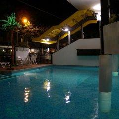 Отель Grand Meeting Италия, Римини - отзывы, цены и фото номеров - забронировать отель Grand Meeting онлайн бассейн фото 3