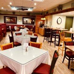 Отель Best Western Plus Waterbury - Stowe гостиничный бар