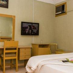 Отель EEMJM Hotels and Suites Limited комната для гостей фото 2
