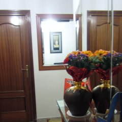 Отель Hostal Chelo Испания, Мадрид - 3 отзыва об отеле, цены и фото номеров - забронировать отель Hostal Chelo онлайн интерьер отеля