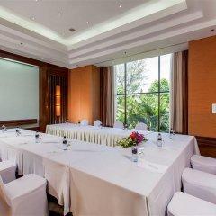 Отель Movenpick Resort & Spa Karon Beach Phuket