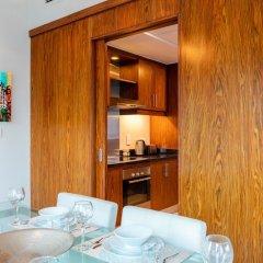 Отель Maison Privee - Burj Residence Дубай комната для гостей фото 4