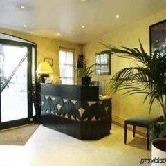 Отель MONTHOLON Париж интерьер отеля фото 2