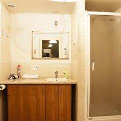 Отель Old Town Apartments Piwna Польша, Варшава - отзывы, цены и фото номеров - забронировать отель Old Town Apartments Piwna онлайн ванная