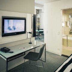 Отель Vienna House Andel´s Berlin Германия, Берлин - 8 отзывов об отеле, цены и фото номеров - забронировать отель Vienna House Andel´s Berlin онлайн удобства в номере фото 2