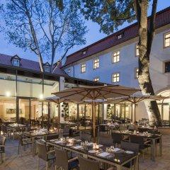 Отель Augustine, a Luxury Collection Hotel, Prague Чехия, Прага - отзывы, цены и фото номеров - забронировать отель Augustine, a Luxury Collection Hotel, Prague онлайн питание