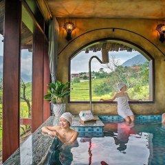 Отель La Dao Spa Homestay бассейн