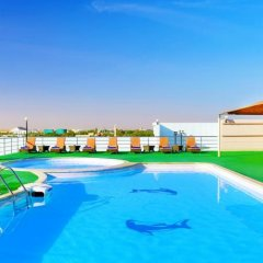 Отель City Seasons Hotel Al Ain ОАЭ, Эль-Айн - отзывы, цены и фото номеров - забронировать отель City Seasons Hotel Al Ain онлайн бассейн фото 2