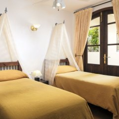 Апартаменты Regency Country Club, Apartments Suites комната для гостей фото 3
