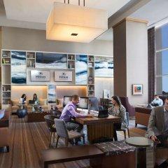 Отель Hilton San Diego Bayfront интерьер отеля фото 3
