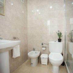Отель Apartamentos Fuencarral 50 ванная фото 2