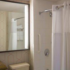 Отель Courtyard by Marriott New York City Manhattan Fifth Avenue США, Нью-Йорк - отзывы, цены и фото номеров - забронировать отель Courtyard by Marriott New York City Manhattan Fifth Avenue онлайн ванная