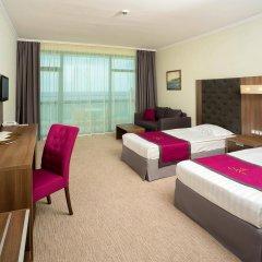 Отель Marina Grand Beach Золотые пески комната для гостей фото 2