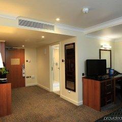 Отель Holiday Inn London - Kensington удобства в номере