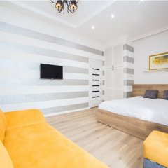 Апартаменты Apartment Mitskevicha 5b комната для гостей фото 2