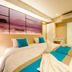 Отель Bizotel Bangkok Бангкок комната для гостей фото 2