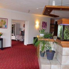 Отель Aer Франция, Озвиль-Толозан - отзывы, цены и фото номеров - забронировать отель Aer онлайн интерьер отеля фото 2