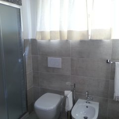 Отель Little Garden Donatello ванная фото 2