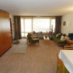 Отель La Sarine 112 - One Bedroom комната для гостей