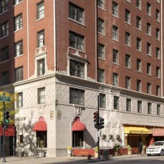 The St. Clair Hotel – Magnificent Mile фото 3