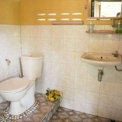 Отель Sabai Corner Bungalows ванная фото 2