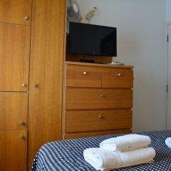 Отель Studios 2 Let North Gower сейф в номере