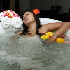 Отель Hilltake Wellness Resort and Spa Непал, Бхактапур - отзывы, цены и фото номеров - забронировать отель Hilltake Wellness Resort and Spa онлайн бассейн фото 3