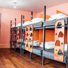 Отель Clink78 Hostel Великобритания, Лондон - 9 отзывов об отеле, цены и фото номеров - забронировать отель Clink78 Hostel онлайн фитнесс-зал фото 3