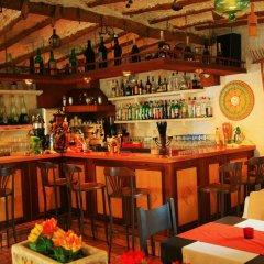 Отель Villa Columbus гостиничный бар